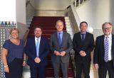 consejero andaluz embajador britanico