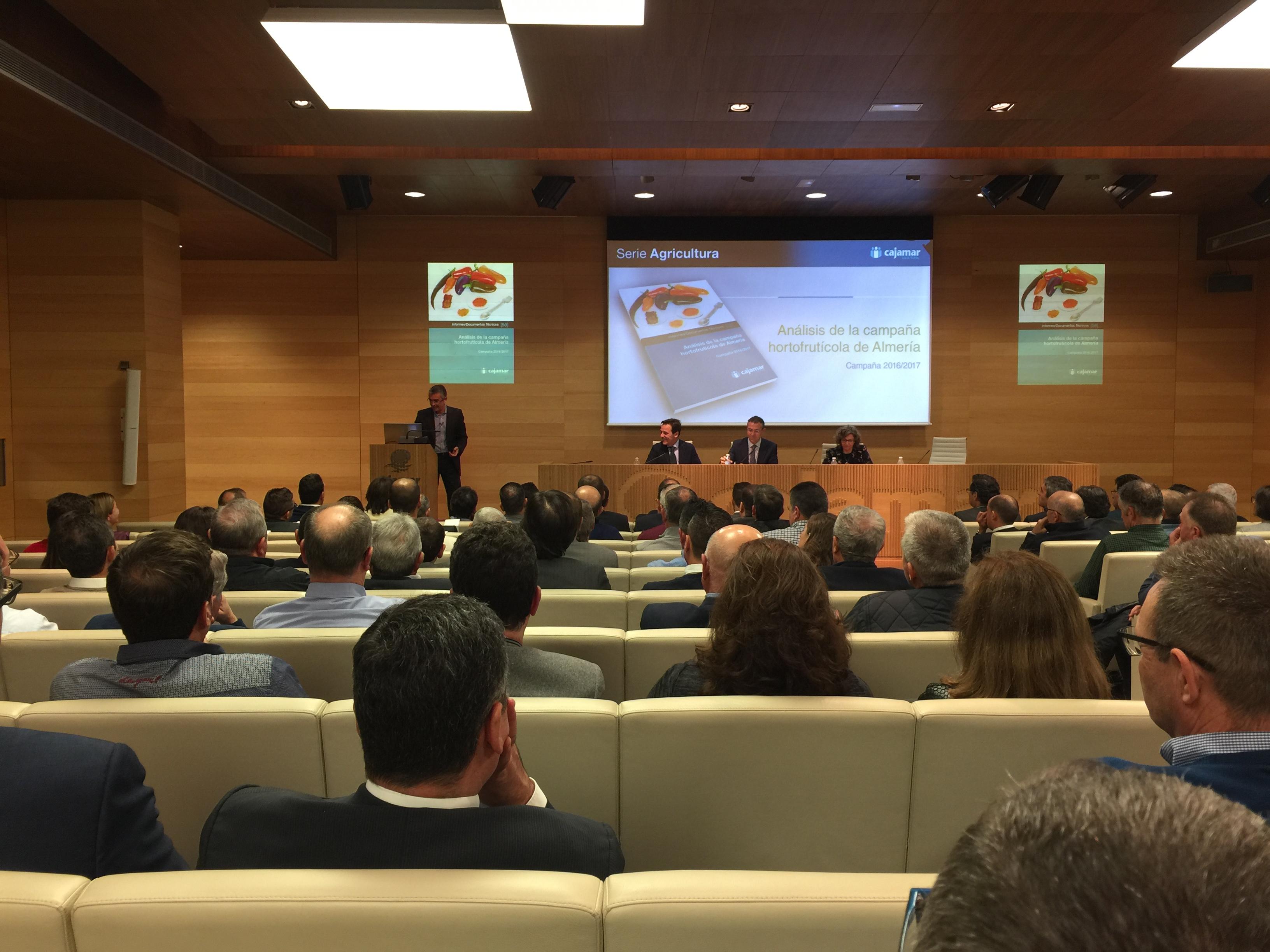 presentación informa cajamar 2017