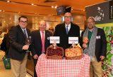 Frutas de Chile potencia las cerezas y melocotones chilenos en Europa
