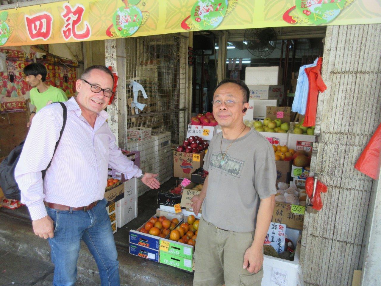0liver huesmann china fruta