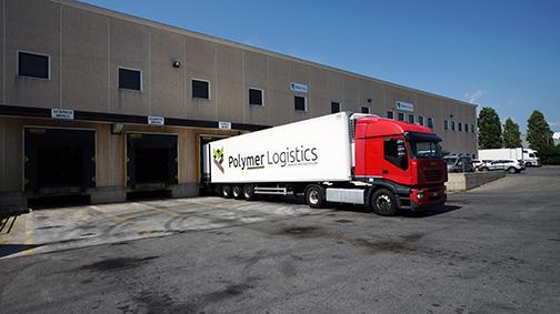 polymer logistics camión