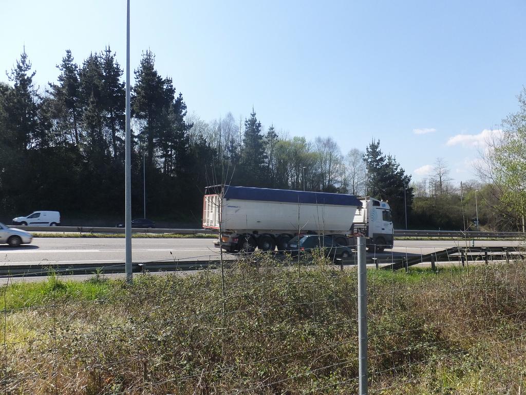 camion carretera transporte