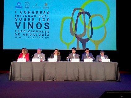 I Congreso Internacional de Vinos Tradicionales carmen crespo