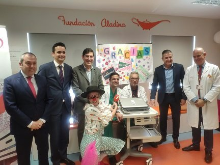 Proexport, la Fundación Colucho y El Corte Inglés donan un ecografo hospital niños oncologia