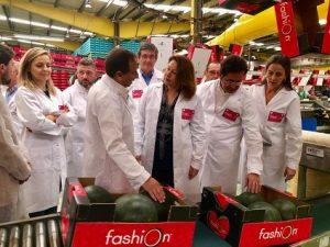 inauguracion campaña sandia fashion en indasol visita consejera agricultura carmen crespo 2
