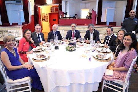 tecnova encuentro empresarial Mesa presidencial