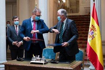 urcania firma acuerdos ubsecretario