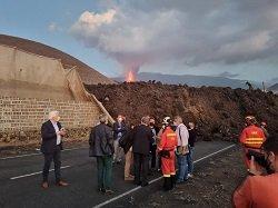 Luis Planas visita La Palma volcán